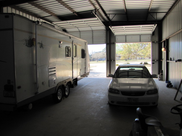 Rv garage bandera tx rvr 39 s home for sale for Rv with garage